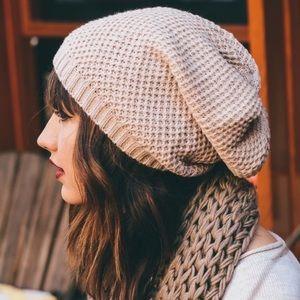 ⭐️Sneak Peek ⭐️ Slouchy Beanie Knit Hat